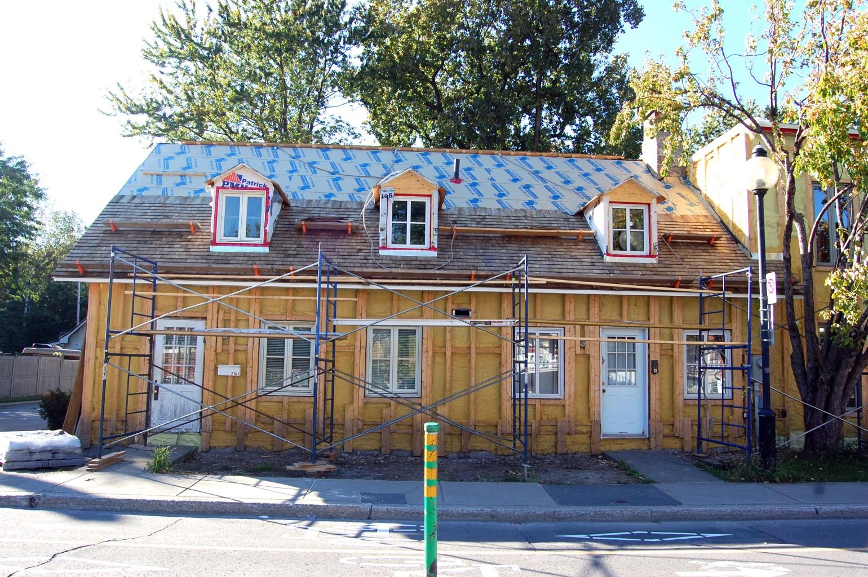 Maison gouin maisons traditionnelles des patriotes for Fenetre bourcier