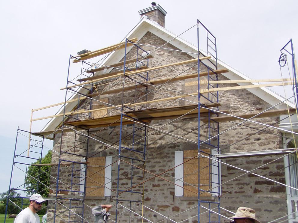 Maison desrochers maisons traditionnelles des patriotes for Bourcier porte et fenetre